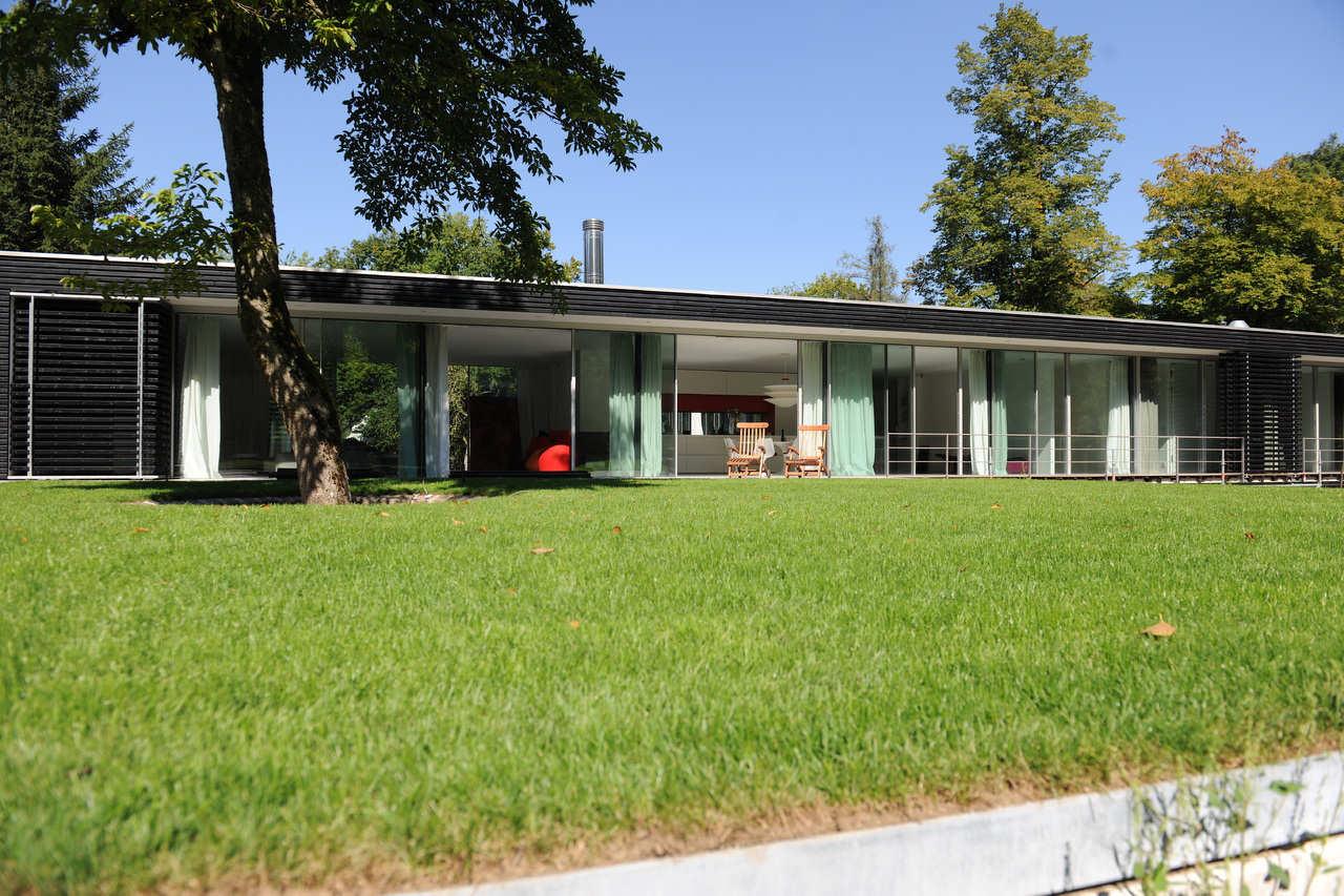 Moderne Villa-Garten
